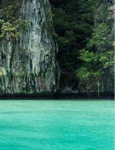 Ko-Phi-Phi-Island-Thailand-South-Limestone-Karst