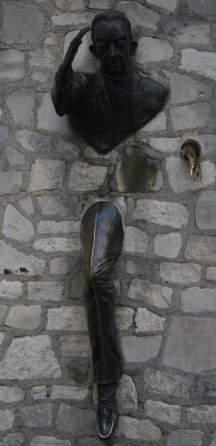 The-passer-though-walls-Paris