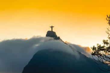 Corcovado-Rio-De-Janeiro-Christ-the-Redeemer-Cristo-Redentor-Brasil